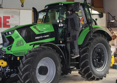 předání traktoru Deutz-Fahr Agrotron 6215 RC SHIFT - Zetkomservis s.r.o.