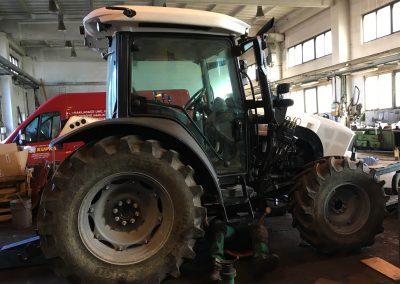 Servis traktoru Lamborghini