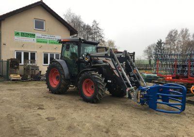 Doplnění čelního nakladače SIGMA a kleští na balíky Goweil, k traktoru SAME EXPLORER 110